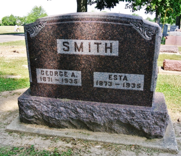 George and Esta Smith -2