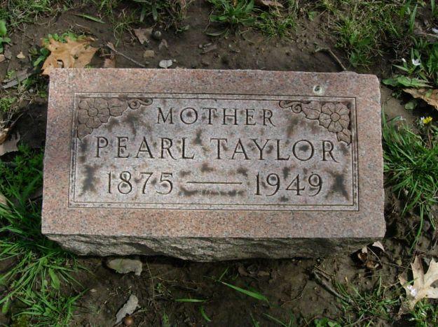Pearl E Crites Taylor