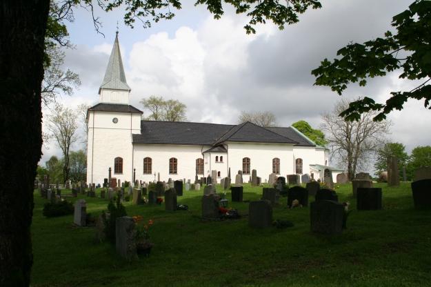 Nøtterø_kirke (1)
